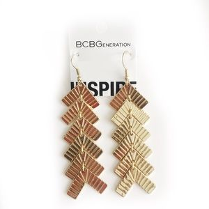 BCBGENERATION EARRINGS GOLD TONED BOHO STYLE DROP